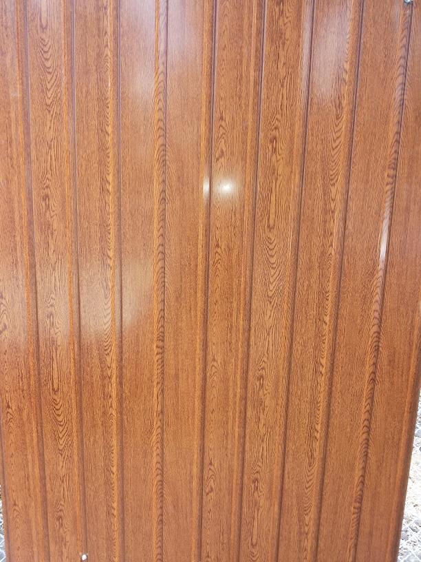 Egy oldalon famintás aranytölgy trapézlemez 3180 Ft+Áfá/m2
